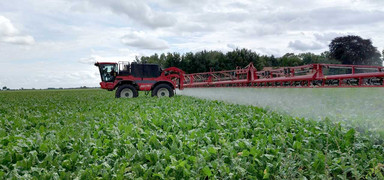 Condor crop sprayer